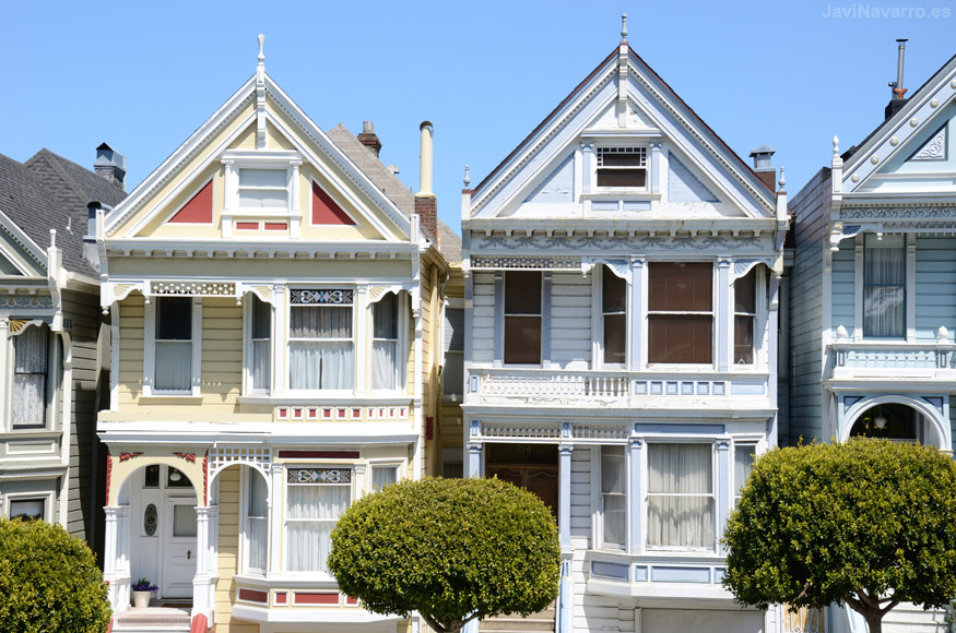 Alamo Square Painted Ladies || Nikon D7000 | 1/400s | f/10 | ISO 200 | a pulso